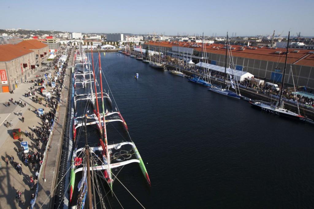 Bateau au port de Havre- Agence Front de Neige