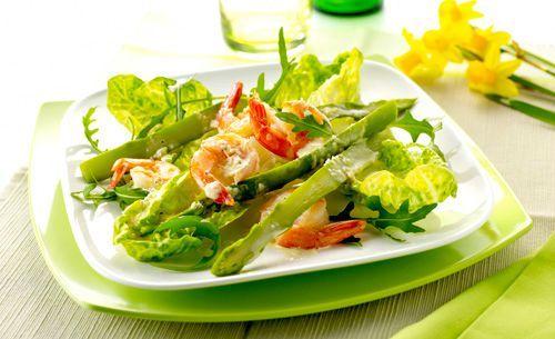 salade d'asperges et de crevettes